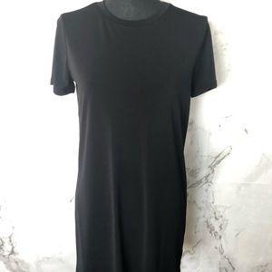 Black shift dress Forever 21